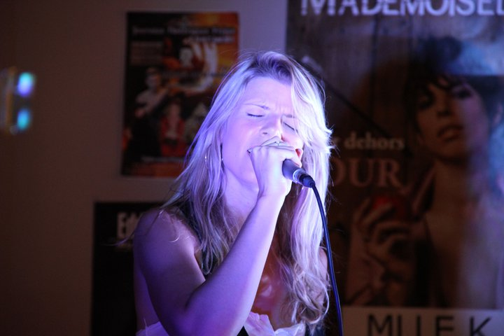 Emilie Smill en showcase