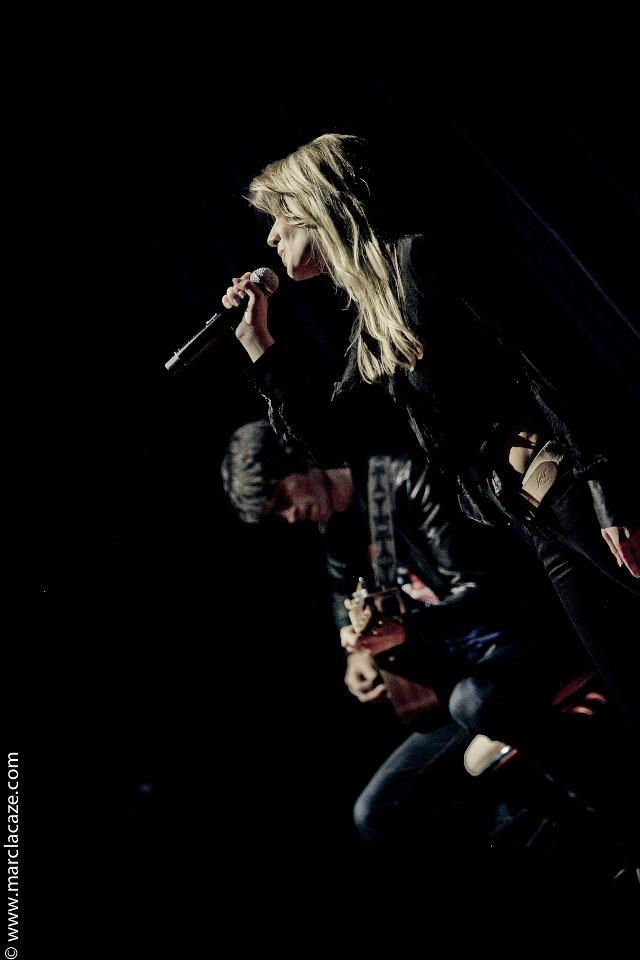 Emilie Smill 1ère partie à l'Olympia 2012 avec Patrick Manouguian à la guitare